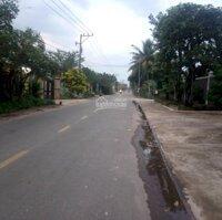 Bán miếng đất 150m2 650 triệu thị trấn Lai Uyên LH: 0902341413