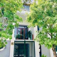 Nhà mới, đẹp, rẻ trung tâm TPVinh có gara, vườn LH: 0855735978