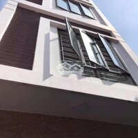 Nhà 3 tầng độc lập 45m tại ngõ 229 miếu hai xã LH: 0938014222