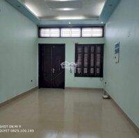 Cho thuê nhà mặt đường Đình Đông, dtmb 70m2, tuyến phố kinh doanh sầm uất, LH: 0829100189
