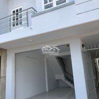 Nhà lầu phố có 4 phòng trọ cho thuê LH: 0982873285