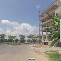 Cần bán lô đất mặt tiền gốc KDC Nam Hùng Vương - Đại lộ Võ Văn Kiệt LH: 0903383869