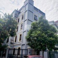 cần cho thuê nhà làm vp cty , trung tâm ngoại ngữ , 90m2 , nhà xây 5 tầng ,lh : 0904409966