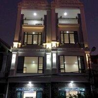 Chủ nhà gửi bán căn nhà đẹp như tranh, cách Aeon Mall 100m LH: 0965843180