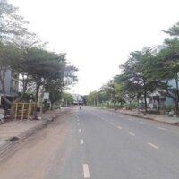 Bán gấp 15 nền trong KDC Hồng Long Quận Thủ Đức Giá 25-30trm2 Sổ riêng LH 0843032204 Dung