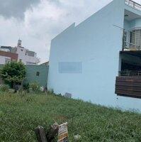 Mảnh đất lớn 2 MT cực đẹp dành riêng cho đầu tư xây nhà cho thuê DT 9,5x21m vuông , giá 79 tỷ TL LH: 0938600993