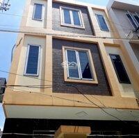 Gia đình chuyển công tác cần bán gấp căn nhà trong ngõ số 15 chợ Hàng Cũ , Lê Chân, Hải Phòng LH: 0943479905