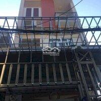 Bán nhà 3 tầng, diện tích đất 685m2 LH: 0971815568