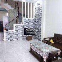 Chính chủ gửi bán căn nhà xây hiện đại LH: 0333711840