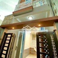 Nhà lầu - Mới 100 - Tuyệt đẹp - Hẻm 36 PNL LH: 0949261211