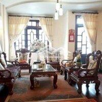 Cho thuê nhà nguyên căn đường Nhà Chung, P3, Đl LH: 0917738566