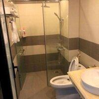 Bán nhanh tòa khách sạn nhìn hồ đẹp nhất khu K15, Kinh Bắc, Bắc Ninh LH: 0967250288
