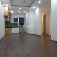 Chính chủ cần bán căn hộ tầng trung, view hồ cực thoáng mát 657m2, 2PN tại HH2 Linh Đàm, giá chỉ 1 LH: 0357418777