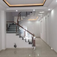 Nhà xây mới tổ 7 TT An Dương, gần trường THPT An Hải, ngay trung tâm hành chính huyện An Dương LH: 0968463199
