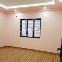 Nhà còn mới 4 tầng Vĩnh Tiến - Thiên Lôi, ô tô to vào, giá tốt nhất khu vực LH: 0796396496