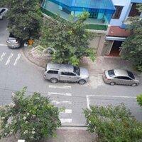 Nhà 5 tầng vị trí đẹp sổ đỏ chính chủ LH: 0904596999