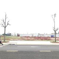 Chính chủ cần bán lô đất trục đường chính LK 4 tại dự án KĐT Hải Quân Tam Giang, yên phong Bắc Ninh LH: 0979758138