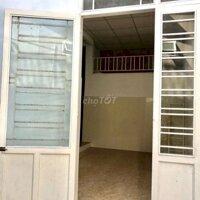 Cho thuê nhà kiệt Nguyễn lộ trạch Huế LH: 0919495757