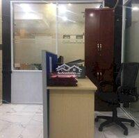 Cho thuê nhà văn phòng nguyên căn LH: 0886769818