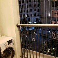 chung cư Royal 2 ngủ 2 wc full đồ ở ngay giá rẻ LH: 0389826888