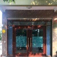 Cho thuê nhà làm văn phòng, quán nước LH: 0989561088