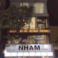 Cho thuê nhà mặt phố Trần Nguyên Đán, DT 130m2 x 3 tầng, mặt tiền 6m, giá 45 triệutháng LH: 0948181656