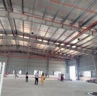 Cho thuê Kho, Xưởng KCN Vân Trung với các diện tích 1000m, 2100m, 3500m, 5000m, 7000m, 15000m LH: 0941664382