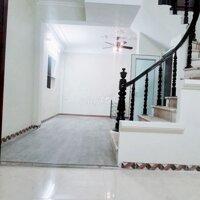 Bán nhà 4 tầng tại Kim Giang Hoàng Mai, 32m2 LH: 0377144000