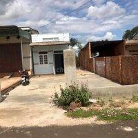 Cần tiền bán gấp căn nhà Xã Hoà Phú giá cho đầutu LH: 0947039091