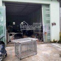 Cho thuê nhà kho 108m2 điện nước, nhà vệ sinh đầy đủ tại đường Nguyễn Xiển, Nha Trang, Khánh Hòa LH: 0932556769