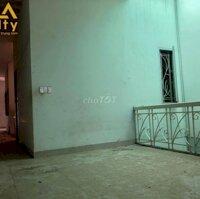 Cho thuê nhà mặt tiền Trần Phú LH: 0911172747