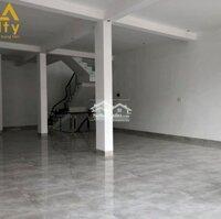 Cho thuê nhà mặt tiền đầu đường Quang Trung LH: 0911172747