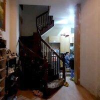 Cho thuê nhà Ngõ 251 Ng Khang, 7PN, 20t LH: 0984041886