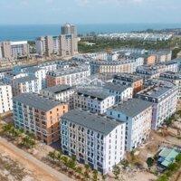 Bán gấp, giá thấp hơn CĐT shophouse khách sạn 7 tầng Phú Quốc Marina view biển Bãi Trường, 22PN LH: 0931919929