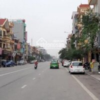 Gia đình cần bán gấp nhà 5 tầng mặt đường Trần Hưng Đạo - gần ngã 6 LH: 0389522995