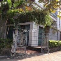 bán nhà mặt tiền khu 10 cửa ông cẩm phả quảng ninh LH: 0961119141