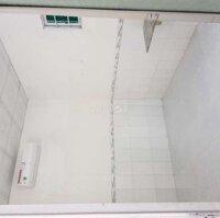 Phòng trọ mới, Máy lạnh, gần ĐH Cần Thơ LH: 0968606767