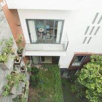 Biệt thự sân vườn cao cấp tiêu chuẩn 5, MT Hồ Biểu Chánh, Quận Phú Nhuận, DT: 260m2, giảm giá 4ty LH: 0984237784