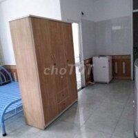 Phòng trọ cao cấp giá hạt dẻ LH: 0898232846