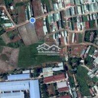 Cần bán gấp nhà như hình LH: 0968951664