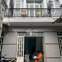 Cho thuê nhà gần chợ Long Thượng LH: 0918540349