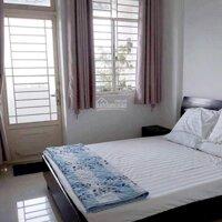 Cần cho thuê gấp căn hộ dịch vụ 231 Nguyễn Trãi Quận 1, đối diện Hon da Tường Nguyên, 5trtháng LH: 0906645709