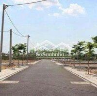 Còn 2 miếng đất 2 mặt tiền đường Nguyễn Văn Tuôi LH: 0909324186
