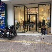 Cho thuê mặt phố Lê Văn Hưu, 40m2 mặt tiền 12m LH: 0363349263