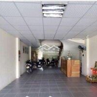 cho thuê khách sạn kinh doanh cực tốt LH: 0936678406