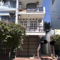 Nhà 2 mê đường Nguyễn thị minh khai thành LH: 0935546807