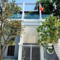 Bán nhà 3 tầng mới trung tâm TPVinh LH: 0972134989
