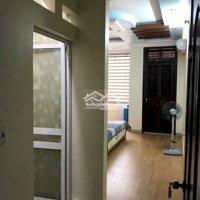 Cho thuê nhà Văn Cao, ô tô đỗ cửa, giá 10trth LH: 0936705059