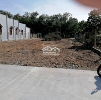 Bán gấp 1000m2 đất giá 550 triệu tại TTHC Bầu Bàng LH: 0865939679