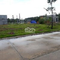 CC Sài Gòn cần bán 300m2 đất tc,shr thông chợ,KCN LH: 0325928552